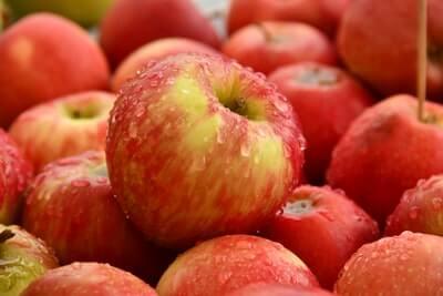 りんごをメインに使った水菜のスムージー